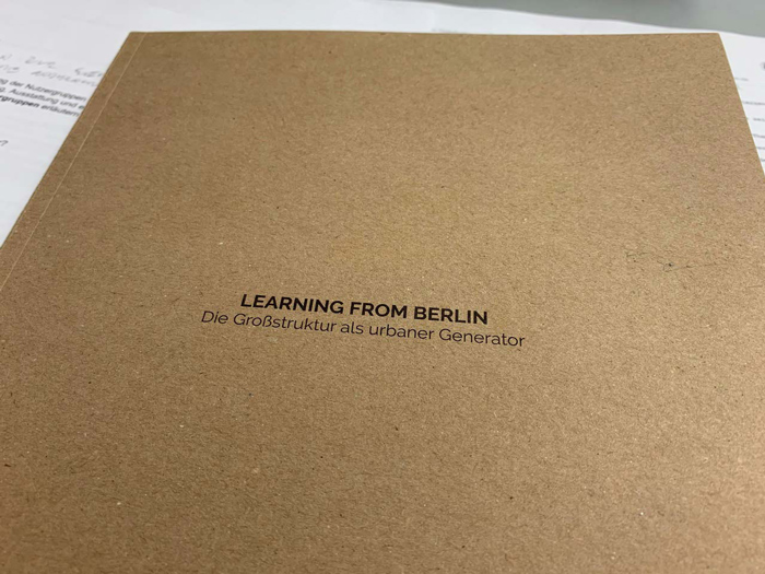 pub-learning-from-Berlin-01
